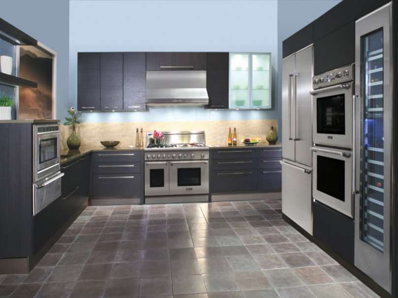 Modern kitchen tiled floor1 PMF Leeds